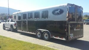 4 Horse Trailer Oversized With Heated Dressing Room