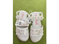 Girls White Embellished sandals size infant 10 NEW with tags