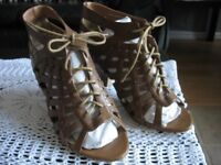 Ladies Brand New Mid-Brown Lace-Up Peep-Toe Shoes
