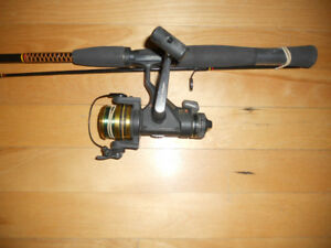 Canne moulinet Brochets Achigans etc, Fishing rod and reel