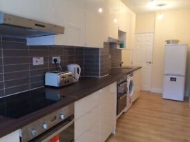 Studio flat, single and double room to rent in London NW10, NW2 Neasden, Willesden Green, Dollis Hil