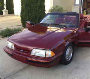 1989 FORD MUSTANG. CONVERTIBLE. LX 5L