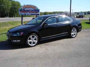 2012 VOLKSWAGON PASSAT***HIGHLINE***3.6L V6***NAVAGATION***