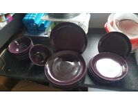 18 piece dinner set burgandy in colour plates side plates and bowls