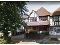 4 bedroom house in Uxbridge Road, Pinner, HA5