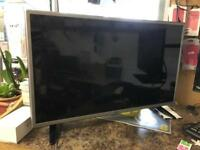 Lg 32 inch TVs with freeview - no remote ( remote for DVD player)