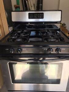 FRIGIDAIRE GAS STOVE AND OVEN + GOLD STAR COMBINATION CONVECTION