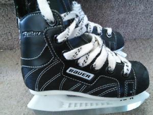 Bauer Supreme Hockey Skates kids  size 9