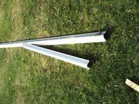 1 length of aluminium pillar