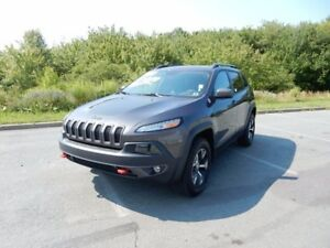 2016 Jeep CHEROKEE TRAILHAWK  LOADED!!!!  ORIGINAL MSRP $47,139!