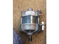 WASHING MACHINE WATER PUMP AND ENGINE VERY GOOD CONDITION