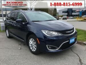 2017 Chrysler Pacifica Touring-L  - Bluetooth -  Leather Seats -