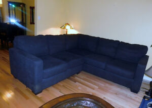 ALMOST NEW GRAY SECTIONAL SOFA ( SOLD )