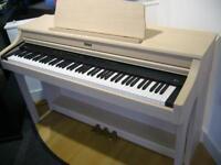 Roland HP-204 Digital Piano