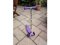 Purple Maxi Micro Scooter, great condition, suitable for age 6-12