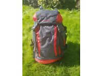 Mountainlife Venture 40l hiking backpacking festival rucksack plus free lamp