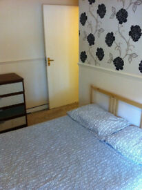 DOUBLE (£500-£540) & SINGLE ROOMS (£440) FOR RENT IN COLINDALE