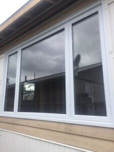 FOR SALE,BEAUTIFUL LARGE VINYL PICTURE WINDOW