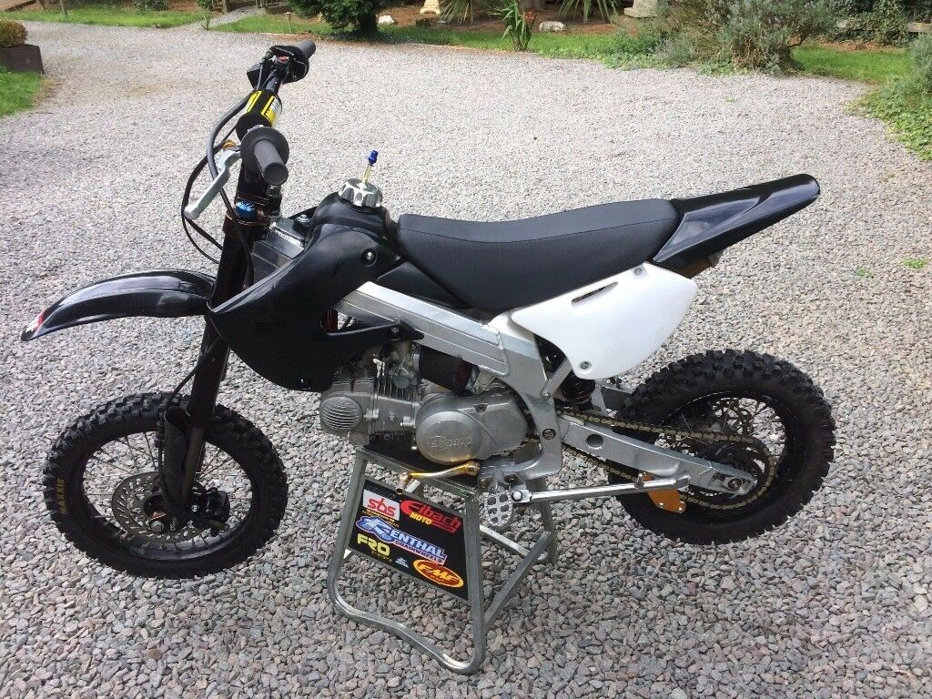 Bbr Rep Alloy Frame 140cc Pit Bike Lots Trick Parts In