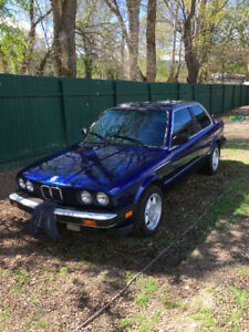 1984 BMW 325e Coupe (2 door)