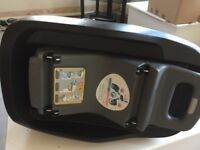 Maxi cosi family fix isofix car seat base for use with pebble and peal car seats
