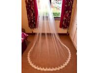 Long Ivory wedding veil