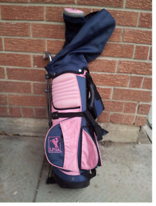 GIRLS STARTER GOLF CLUBS AND BAG