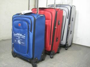 "Swiss Gear Luggage Set Lightweight 3 pieces: 28"", 24"", 20""inch"
