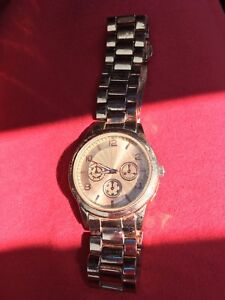 Authentic michael kors watch need money asap