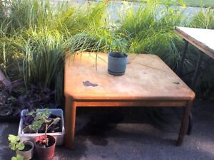 Coffee Table ,TLC required, East Belleville