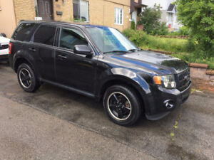 2011 Ford Escape SUV A/C 4 cylindres Mags demarreur  90000 km