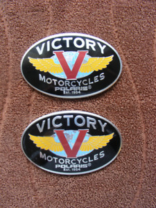 Victory Tank badges, original Victory