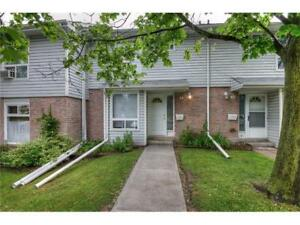3 BEDROOM CONDO / TOWNHOME AVAILABLE SEPTEMBER 1st