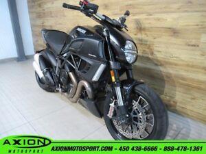 2012 Ducati Diavel Dark 66.01$/SEMAINE
