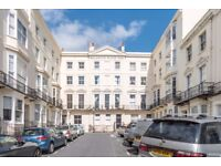 Superb two bedroom apartment facing the seafront in Kemptown