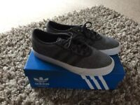 Men's size 9 adidas trainers