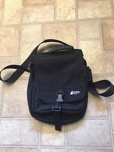 MEC Cross body bag