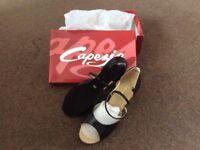 Capezio Womens Dance Shoes Brand New size 6