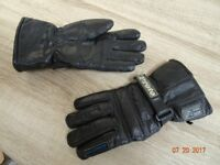 Motorcycle gloves, waterproof and breathable.