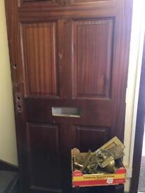 Solid Mogoging Door