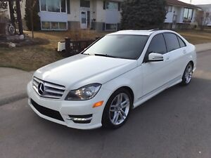 2012 Mercedes Benz C250 4Matic, 87Kms Remote Starter $22,900 OBO