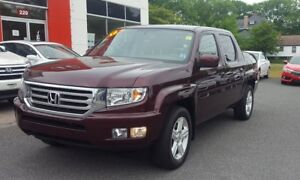 2013 Honda Ridgeline Touring 4WD Leather interior, GPS Navigatio