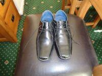 Mens Brooker Black Shoes Size 6