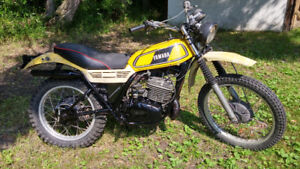 Excellent Running Condition VINTAGE DT 400 Yamaha Enduro