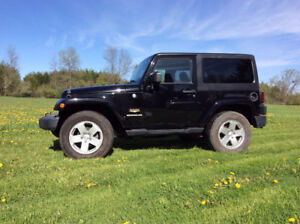 2012 Jeep Wrangler Sahara.Two Tops!  Low Kilometers!