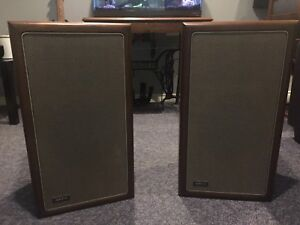 Advent a4 speakers