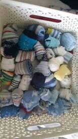 Scratch mitts/socks