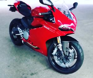 Ducati 959 2016