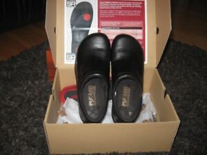 Womans Safety Shoes