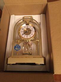 Rhythm Quartz Mantel Clock